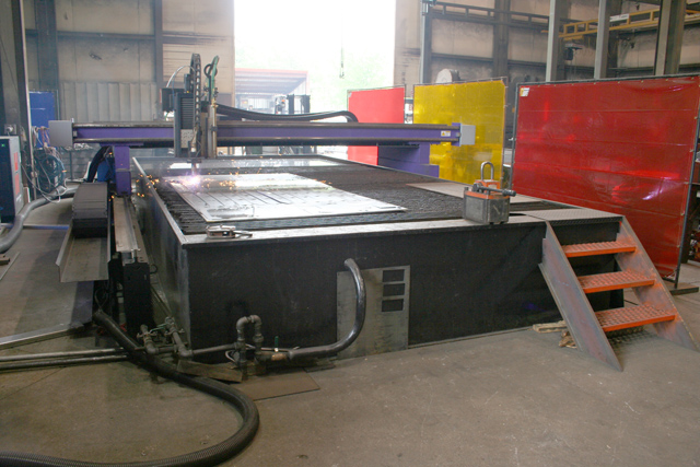 equipment 10 plasma cutter large